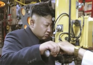 敵の潜水艦真っ二つ